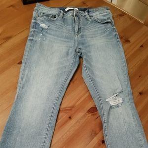 Skinny Jeans Mid Rise Knee slit